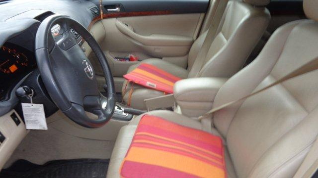 Avensis 006